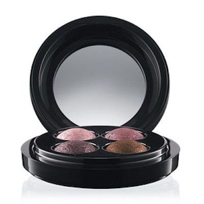 Mineralize Eyeshadow in A Medley of Mauves