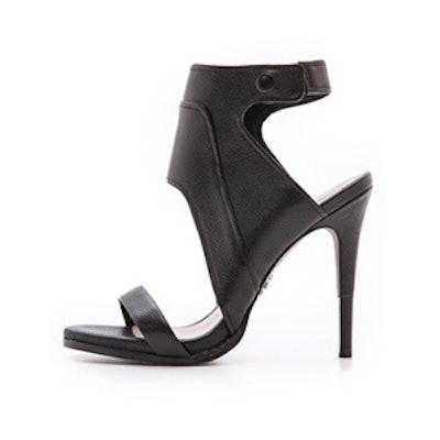 Venga Sandals