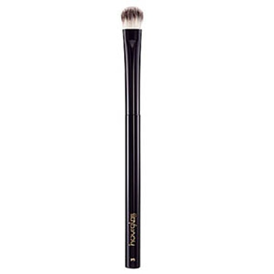 All-Over Shadow Brush