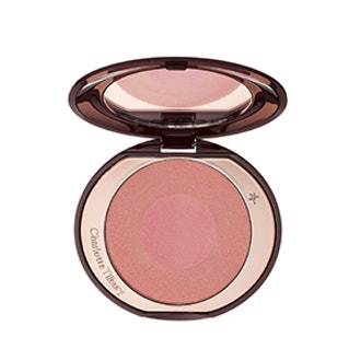Cheek To Chic In Love Glow