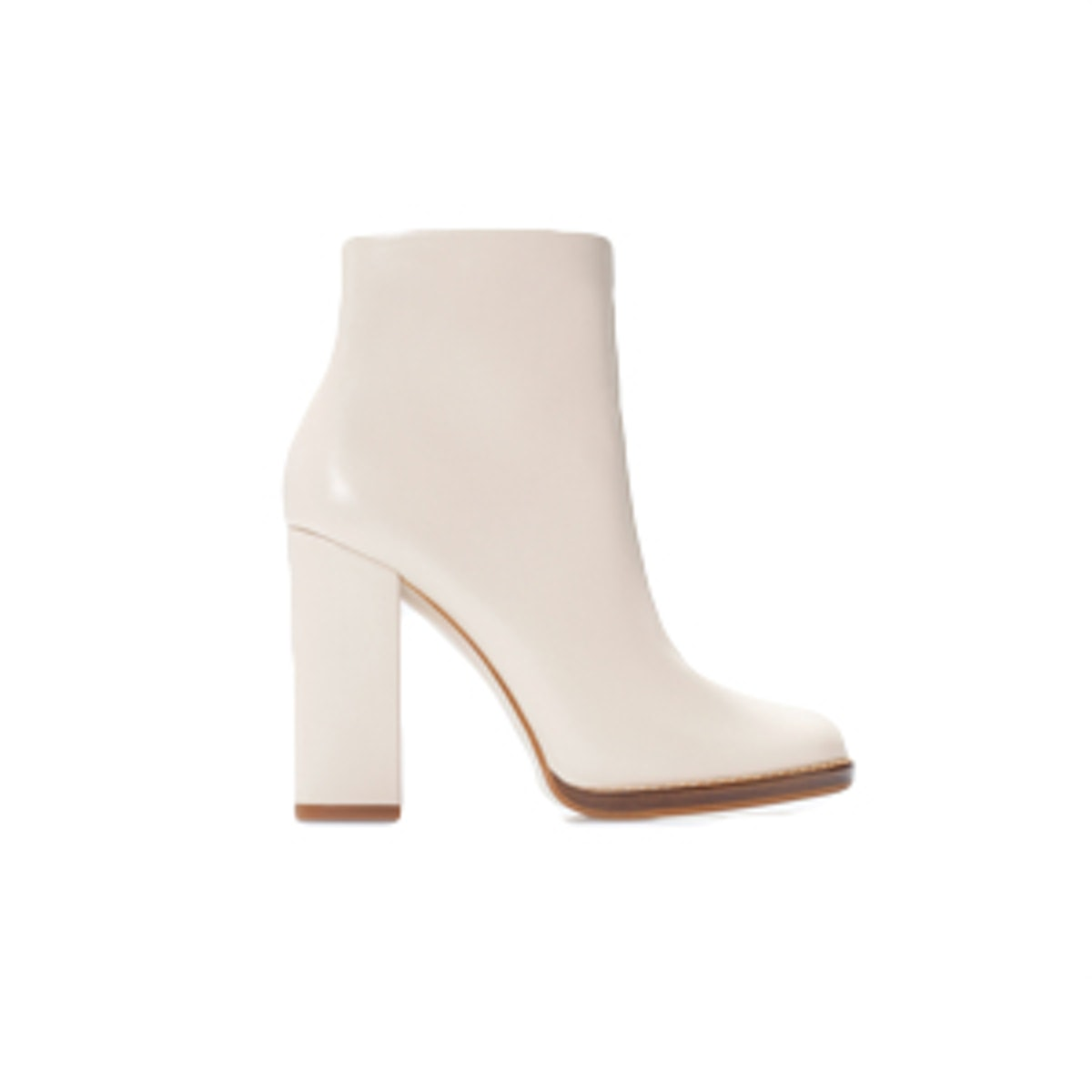 Wide-Heeled Leather Bootie