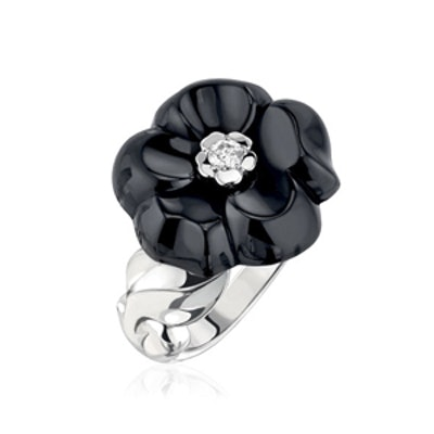 Camelia Galbe Ring In White Gold