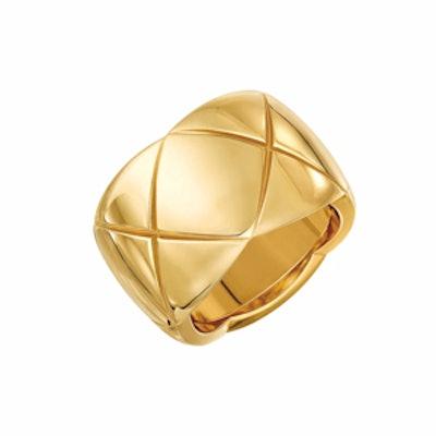 Large 18-karat Gold Ring
