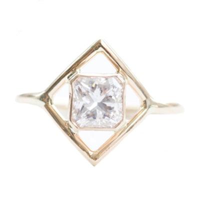 1.02 Carat Radiant Cut Diamond & 14K Yellow Gold Ring