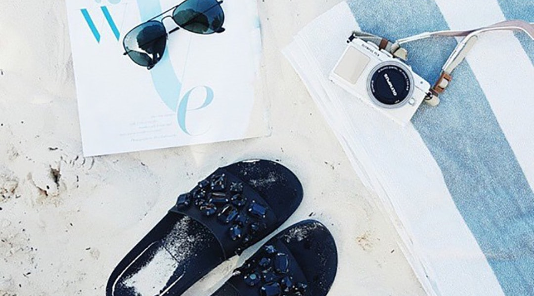 e44820838ba977 The Only 4 Shoes You Need For A Beach Vacation