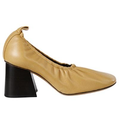 Soft Ballerina Pump in Gold