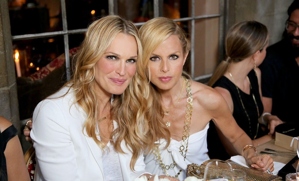 Watch As Molly Sims Joins Fashionably Late With Rachel Zoe