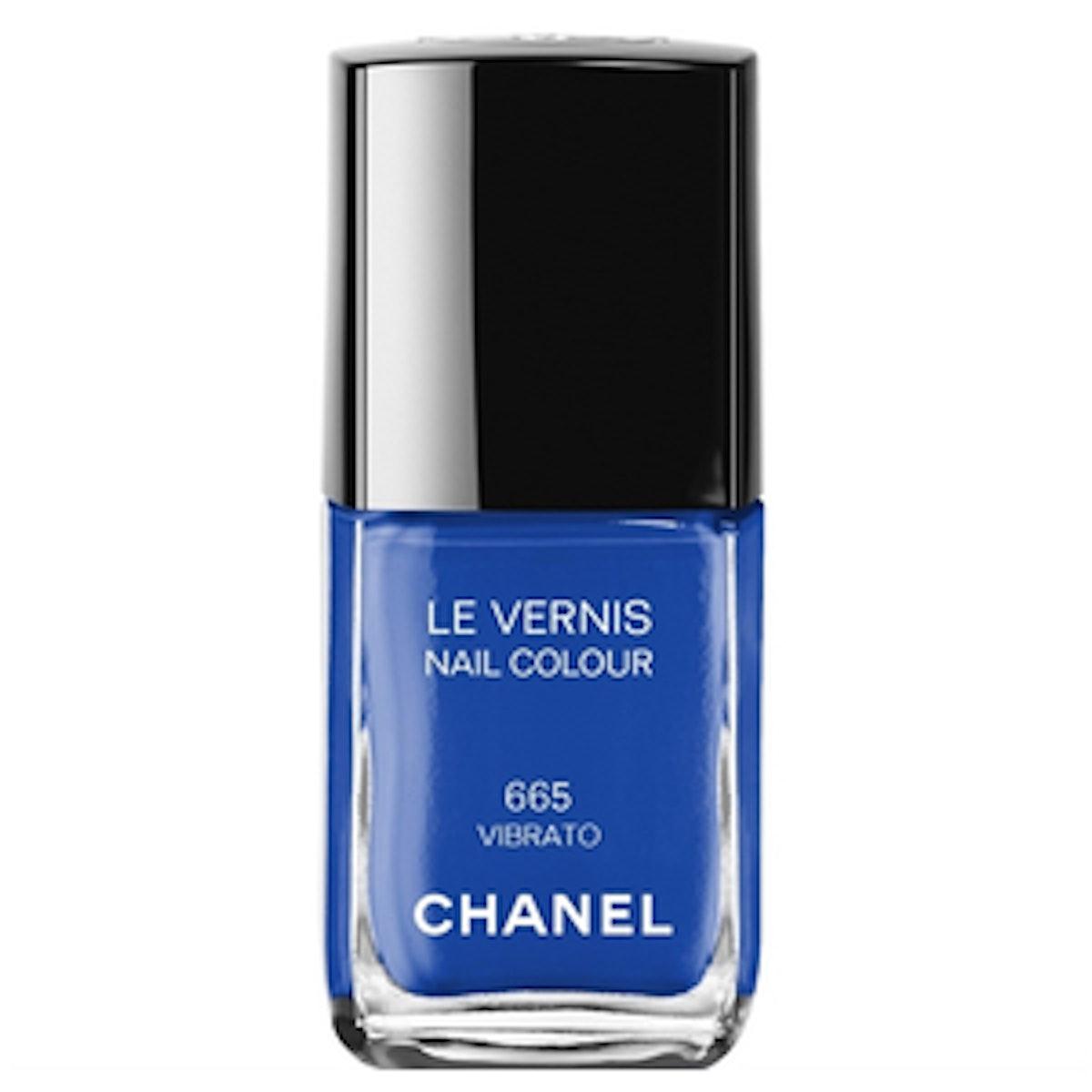 Le Vernis Nail Colour in Vibrato