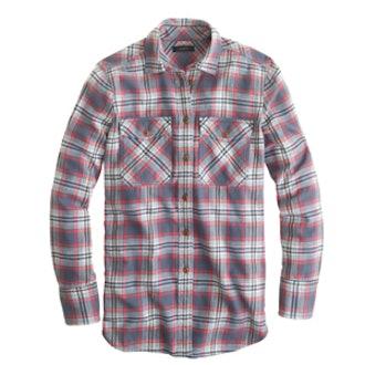 Boyfriend Flannel Shirt In Dark Plaid