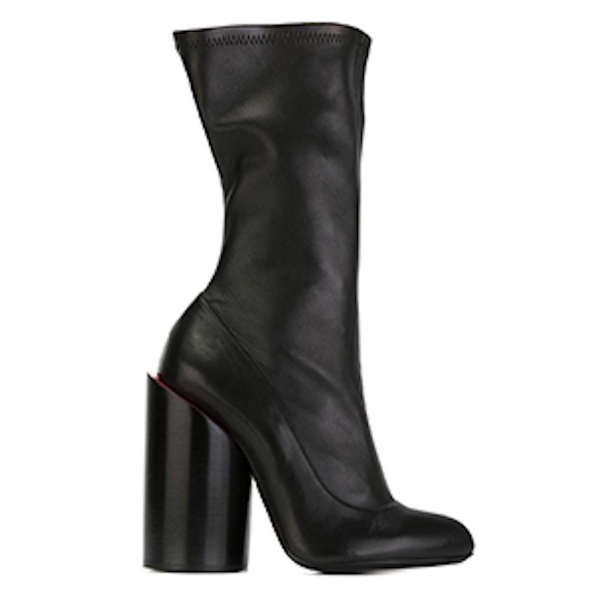 Sculpted Heel Boot