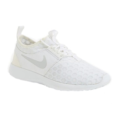 Juvenate Sneaker