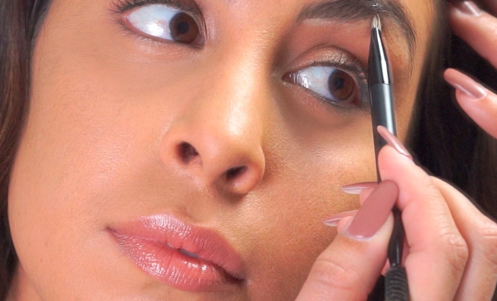 The Best Way To Fill In Your Brows