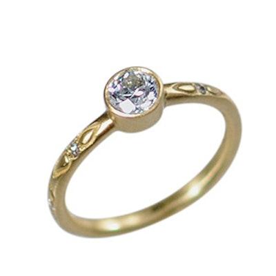Yellow Gold & Brilliant Diamond Ring