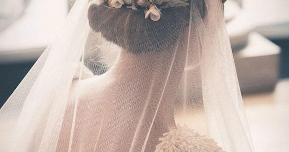Pleasing The Prettiest Bridal Veil And Hairstyle Pairings Schematic Wiring Diagrams Amerangerunnerswayorg
