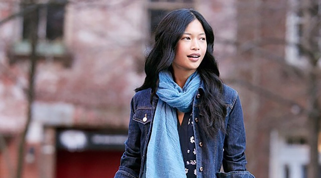 How To Style A Denim Jacket Like A Fashion Girl