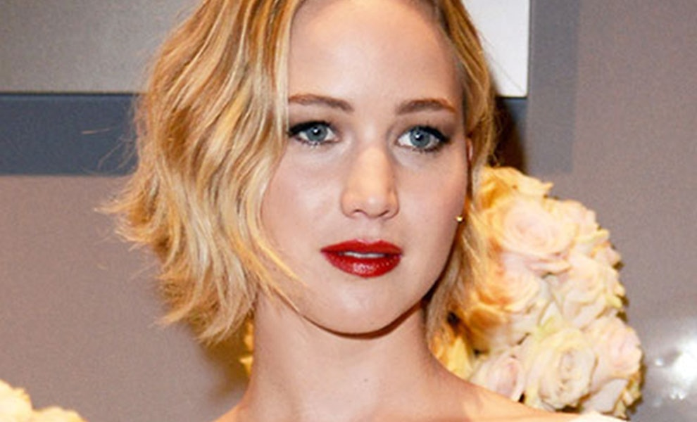 See Jennifer Lawrences Cool New Hair Color