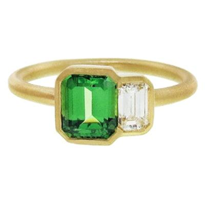 Yellow Gold, Green Tsavorite & Diamond Ring