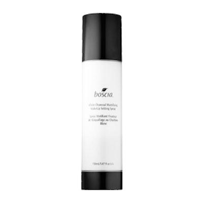 White Charcoal Mattifying Makeup Setting Spray