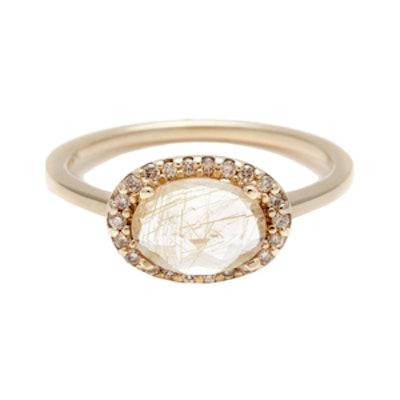 Pavé Amulet Ring – Golden Rutilated Quartz & Champagne Diamond