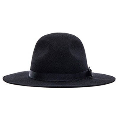 Dalila Hat