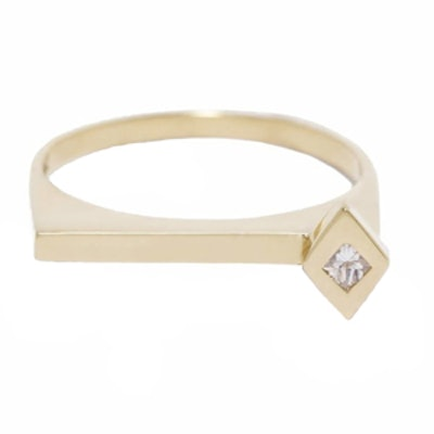 Spark Single Dimaond Ring 18K Yellow Gold