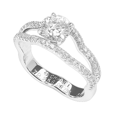 Camélia Solitaire In 18K White Gold And Diamonds