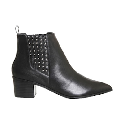 Logical Leather Chelsea Boots
