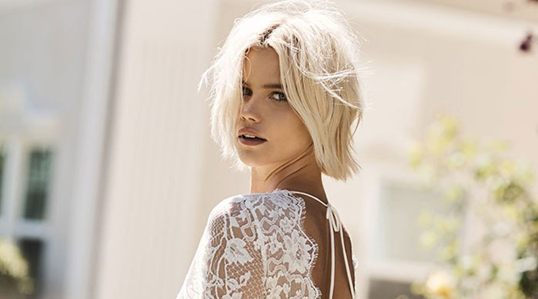 21c00069713 This Brand Will Let You Design Your Dream Wedding Dress