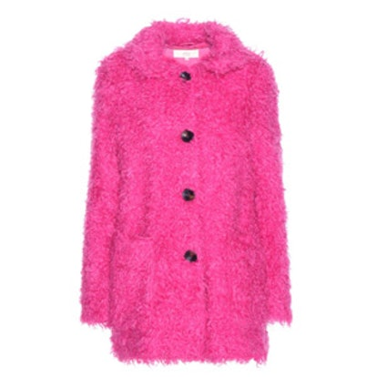 Fashion Girls Are Obsessed With This Coat Style