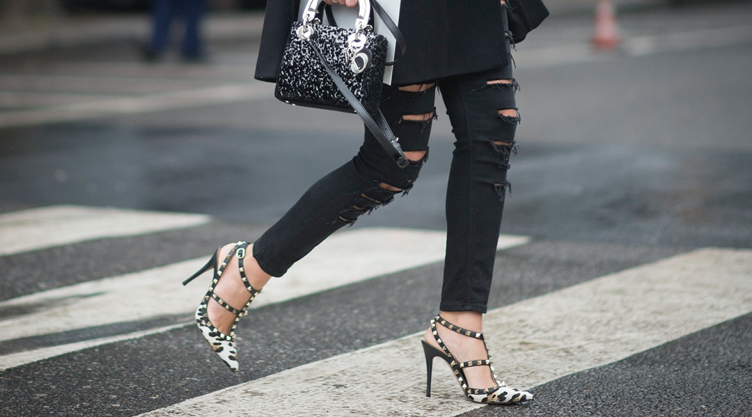 ffb93e4995821 The Best Black Skinny Jeans In Every Style