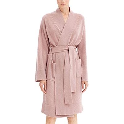 Ynes Robe