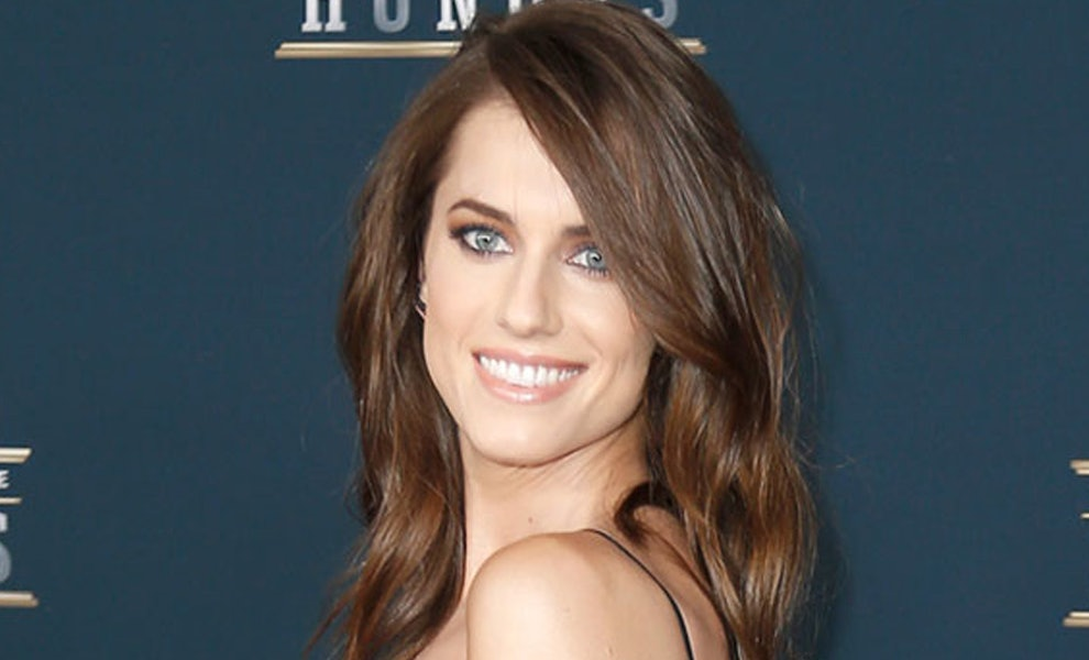 Allison Williams Is Completely Unrecognizable With This New Hair Color