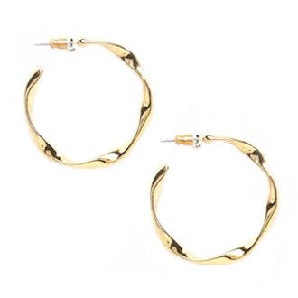 Soft Twist Hoop Earrings