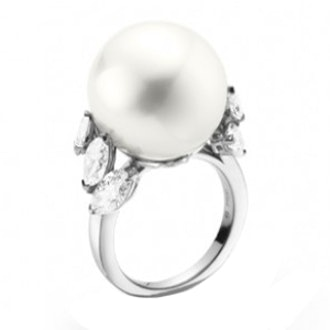 Traditional Classic White South Sea Cultured Pearl Ring