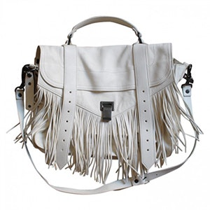 879e7b43e290 These Are The Most Popular Handbags Of All Time