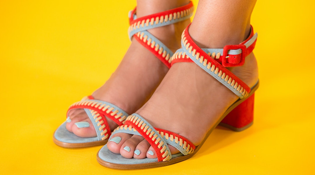 c190e39fa787 The Best Nail Polish Colors To Wear With Your Sandals