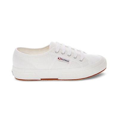 2750 Cotu Classic In White