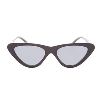 Polly '90s Pointy Polly Cateye Sunglasses