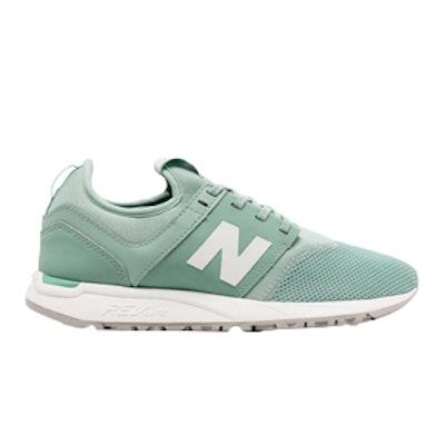 247 Classic Running Sneaker