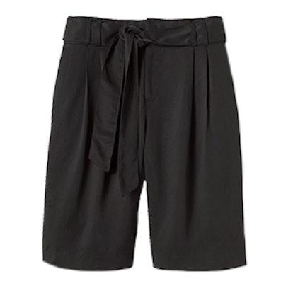 Avery-Fit Tie-Waist Bermuda Short