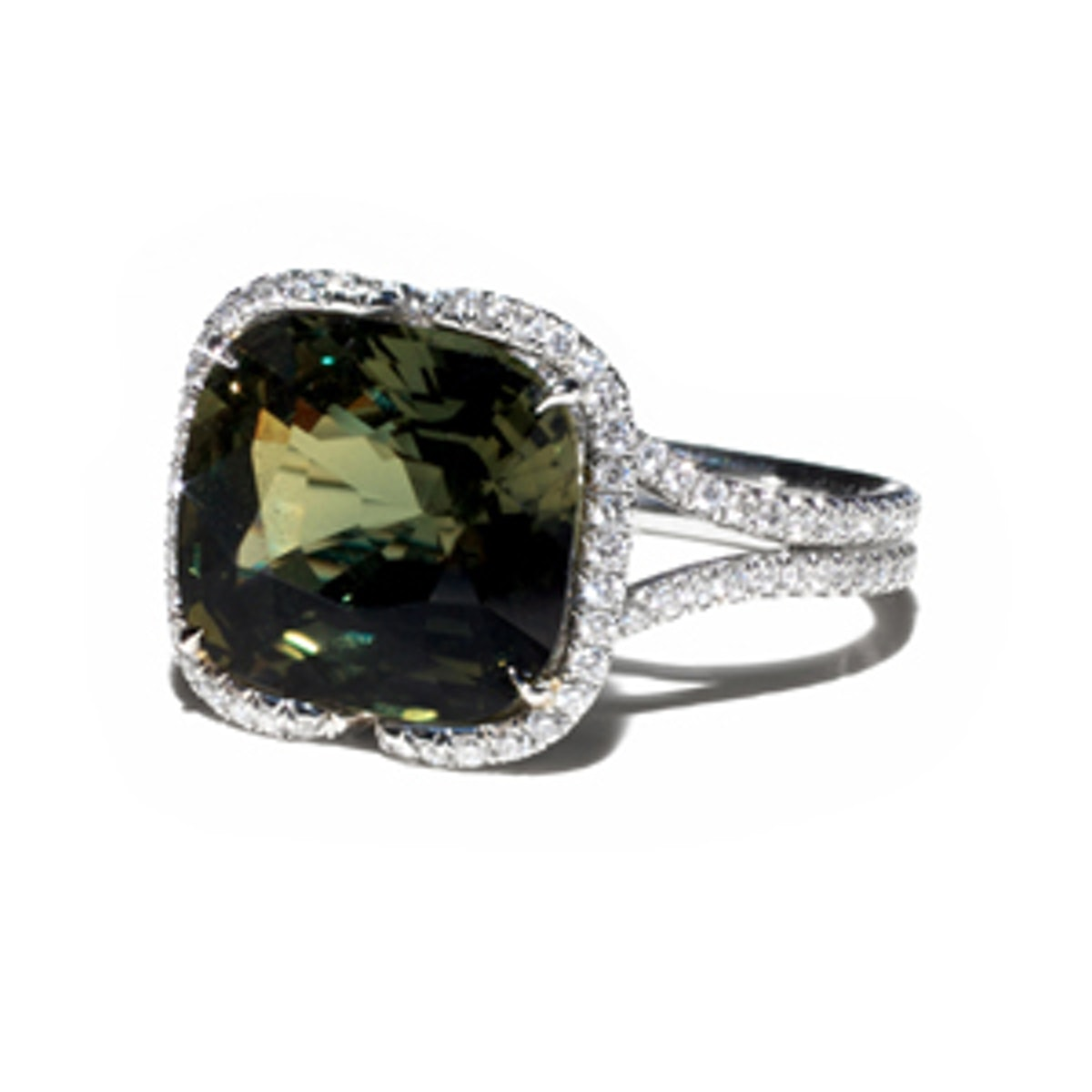 Chic Collection Green Sapphire & Diamond Ring