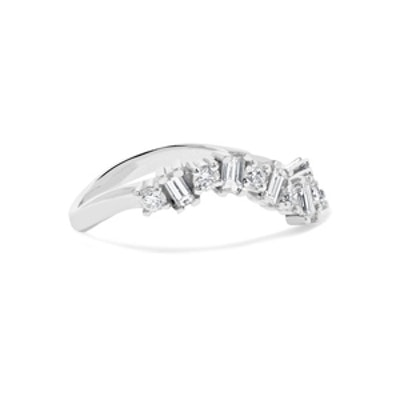 Wave 18 Karat White Gold Diamond Ring