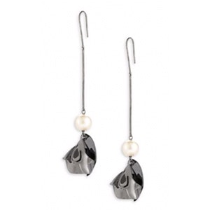 Posy White Pearl Drop Earrings