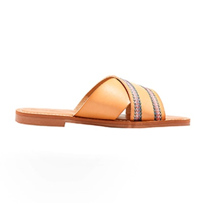 Universal Thread Wren Slide Sandal