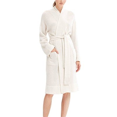 Ynes Robe