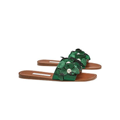 Flat Sandals With Floral Detail