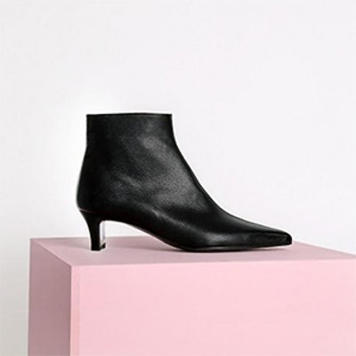 Menodemosso Pointed Ankle Boots