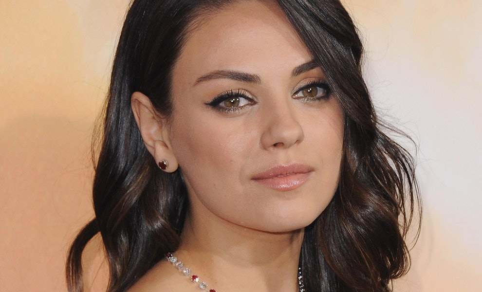 Mila Kunis Just Debuted The Perfect French Girl Haircut