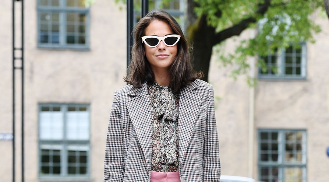 452b3cc117776 The Fall Bag Trend You Should Try, According To Your Zodiac Sign